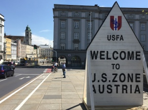 May 2015: Linz remembers the end of World War II with temporary reinstallation of demarcation borders.